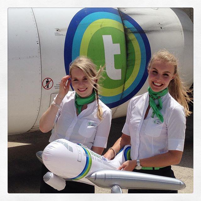 Transavia stewardess crewfie
