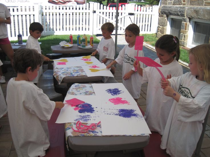 Day Camps in Westchester - Arts & Crafts for Junior Campers!  http://www.purchasedaycamp.com/
