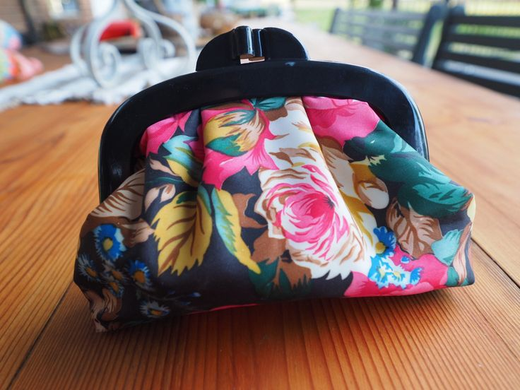 A personal favourite from my Etsy shop https://www.etsy.com/au/listing/548381308/vintage-cosmetic-purse-floral-makeup-bag