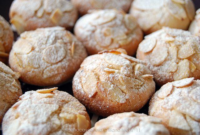 Light almond orange blossom cookies - Galletas de almendra y azahar