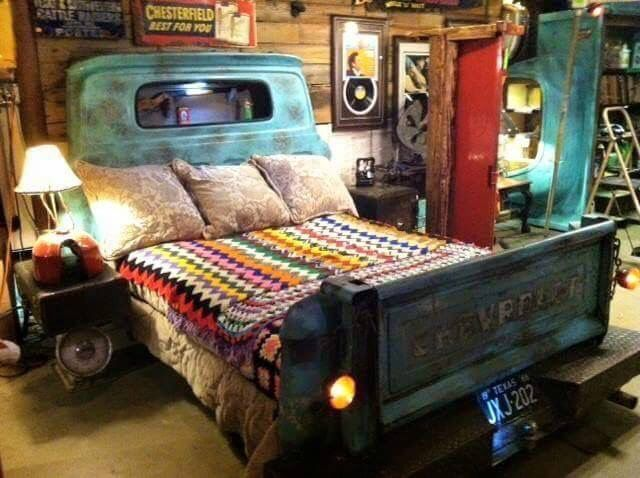 Wouldn't be too hard to do! I dig the whole room. It needs some different blankets Tho☺️ #diy #chevy #bed