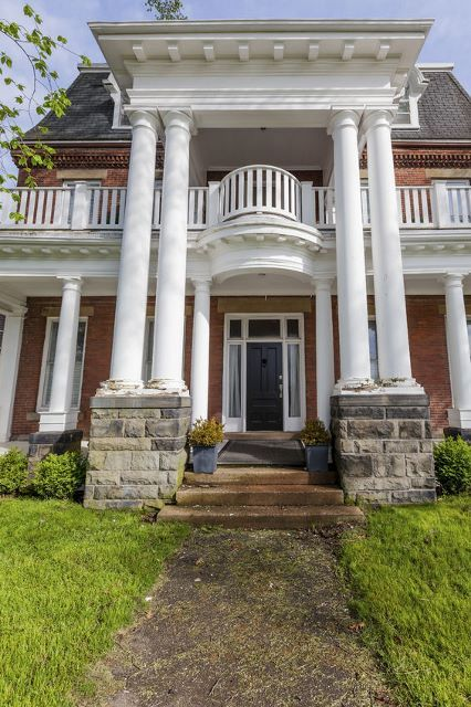 25 best ideas about small front porches on pinterest for 2 story porch columns