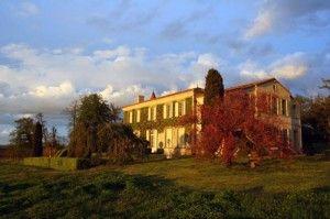 Venez découvrir le Château Troplong Mondot à Saint Emilion en réservant votre visite sur Wine Tour Booking
