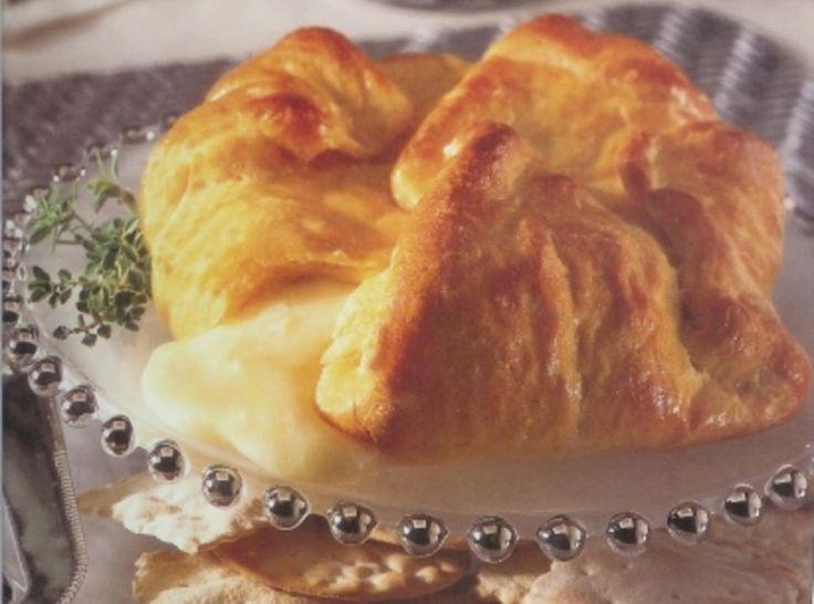 Peppery Brie en Croute