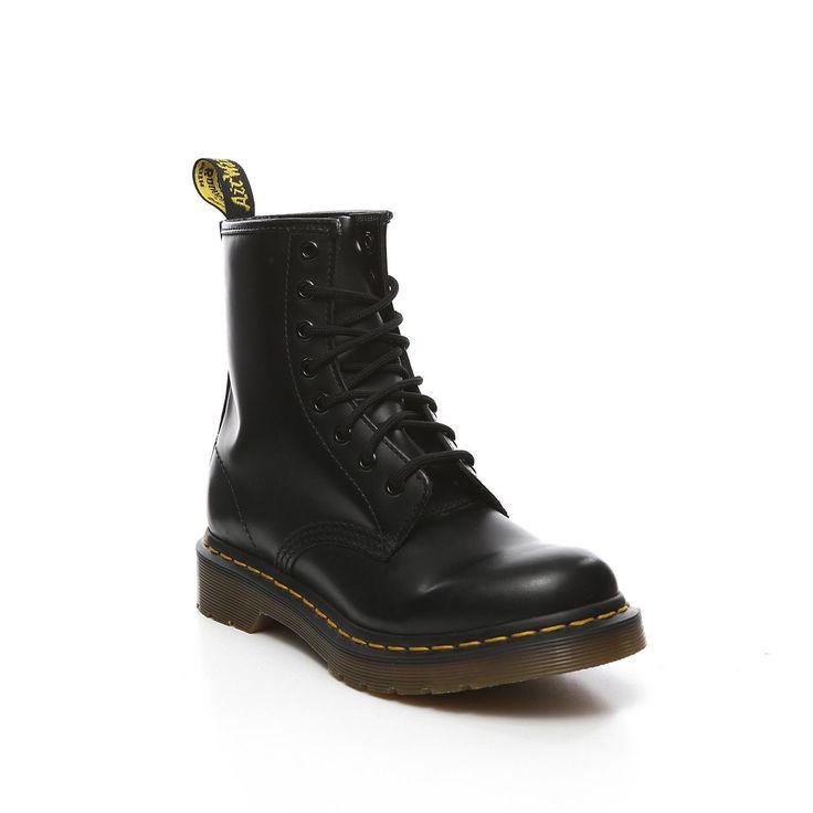€150 Doc Martens - zwarte veterschoenen   Invito.com