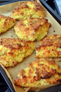 Edd Kimber's bacon, cheese and spring onion scones.... from the Great British Bake-off. What a wonderful show this is!
