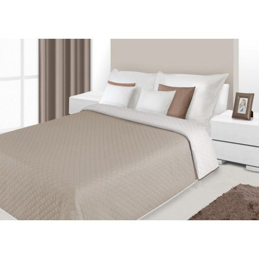 Prehoz na posteľ béžovej farby s prešívaným vzorom