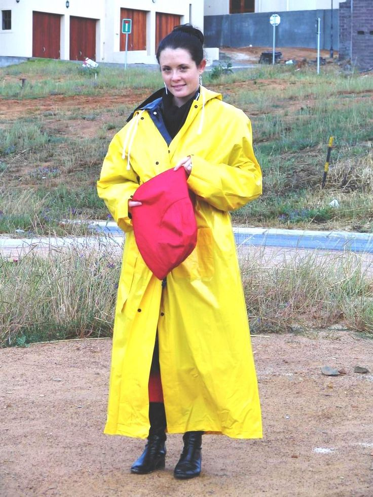 Double raincoats...I thought I was the only one who sported them like this :)