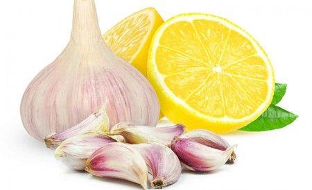 Die Zitronen-Knoblauch-Kur wirkt wie ein Jungbrunnen, denn sie befreit Ihren Körper von Kalkablagerungen und hilft bei der Regeneration des Körpers.