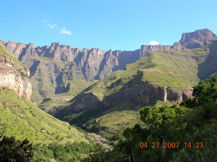 drakensberg mountains | DRAKENSBERG MOUNTAINS SOUTH AFRICA