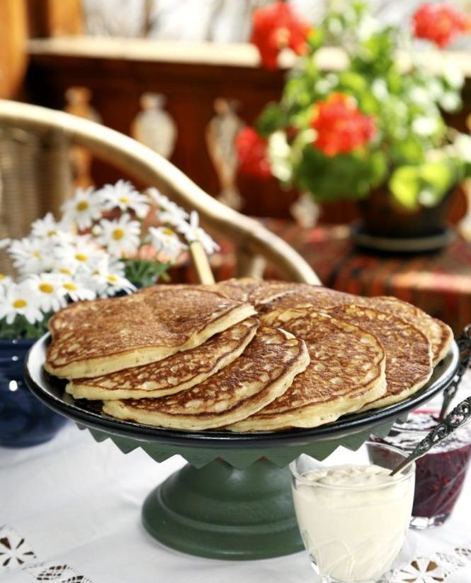 Norwegian 'sveler' or thick lefse, you can bake on frying pan and they taste delicious with jam and sour cream to the coffee. http://www.klikk.no/produkthjemmesider/hjemmet/article297083.ece - From THE ESSENCE OF THE GOOD LIFE™    http://www.pinterest.com/ConceptDesigner/   https://www.facebook.com/pages/The-Essence-of-the-Good-Life/367136923392157