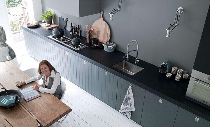 20 beste idee n over lange keuken op pinterest houten vloer keuken verdieping en chevron vloer - Heel mooi ingerichte keuken ...