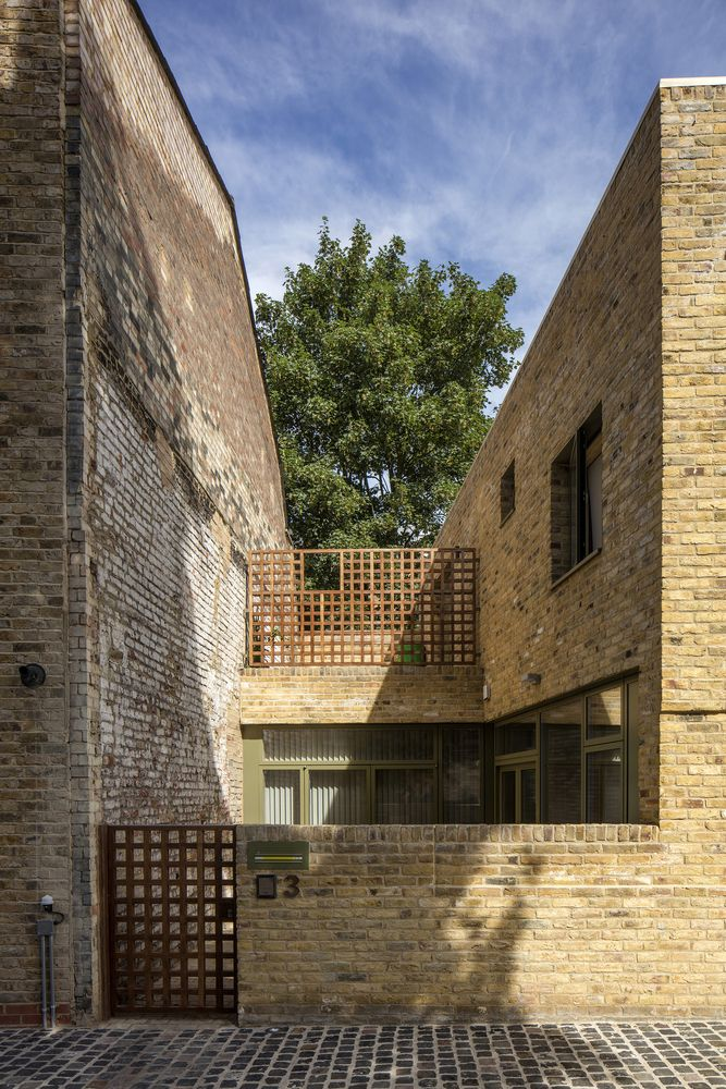 Gallery Of 93 Building Shortlist Announced For 2018 Riba London Awards 14 Mews House Window Architecture Arch House