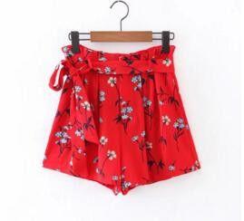 Fashion red printed shorts