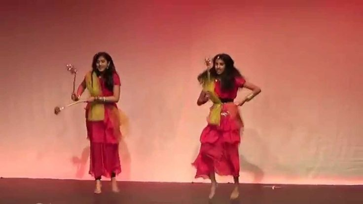 Garba is a Gujarati folk dance celebrated in Navratri, a celebration lasting nine nights. Garba songs typically revolve around the subjects of Lord Krishna or the nine goddesses. Sanedo is an example of a very popular song. Garba styles vary from place to place in Gujarati.La Le Realtai ( A Day...  https://www.crazytech.eu.org/gujarati-folk-dance-garba/