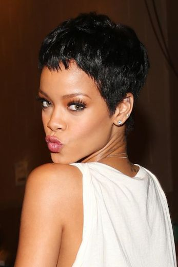 Rihanna is one of our favorite hair chamelons and we're in love with her jet-black pixie cut at the 2012 iHeartRadio Music Festival.