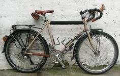 The Surly Long Haul Trucker is considered one of the best modern, non-custom touring bicycles on the market these days. Visit https://urbanbikeparts.com for incredibly cheap bike parts and accessories. FREE SHIPPING WORLDWIDE!