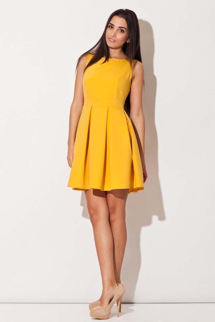 Rozkloszowana żółta sukienka bez rękawów