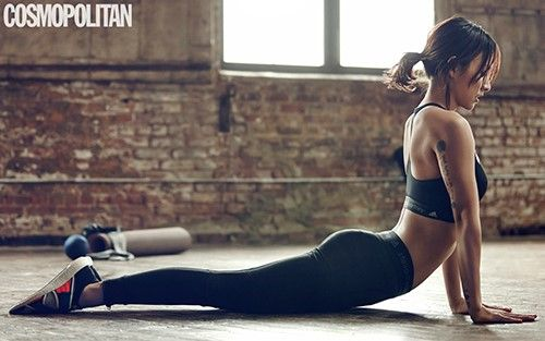 Lee Hyori recently appeared in a yoga-themed photo spread for women's lifestyle magazine Cosmopolitan. In the photo shoot done with collaboration with Adidas Originals, Lee Hyori can be seen in various yoga poses that showcase her great flexibility. This yoga photo shoot was taken in a yoga st...