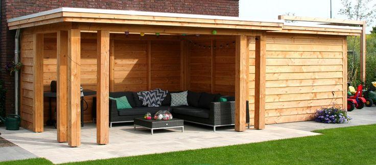 veranda met berging tuinhuis in tuin Utrecht