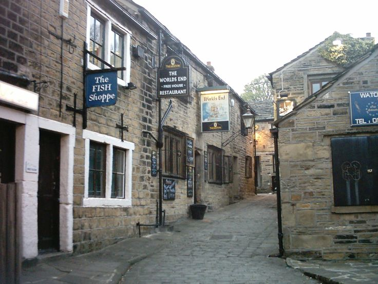 World's End, Pudsey, West Yorkshire,  UK