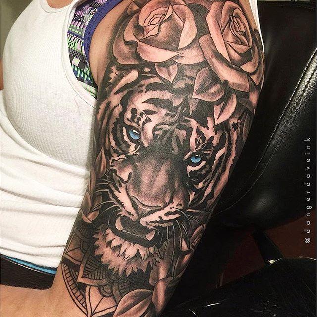 Amazing Artist Dave Morris Dangerdaveink From Atlanta Georgia Awesome Blue Eyes Roses Siberian Tiger Arm Tattoo Tiger Face Tattoo Tiger Eyes Tattoo Tattoos