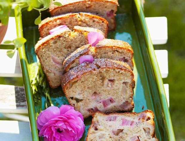 Cake à la rhubarbeCake à la rhubarbe
