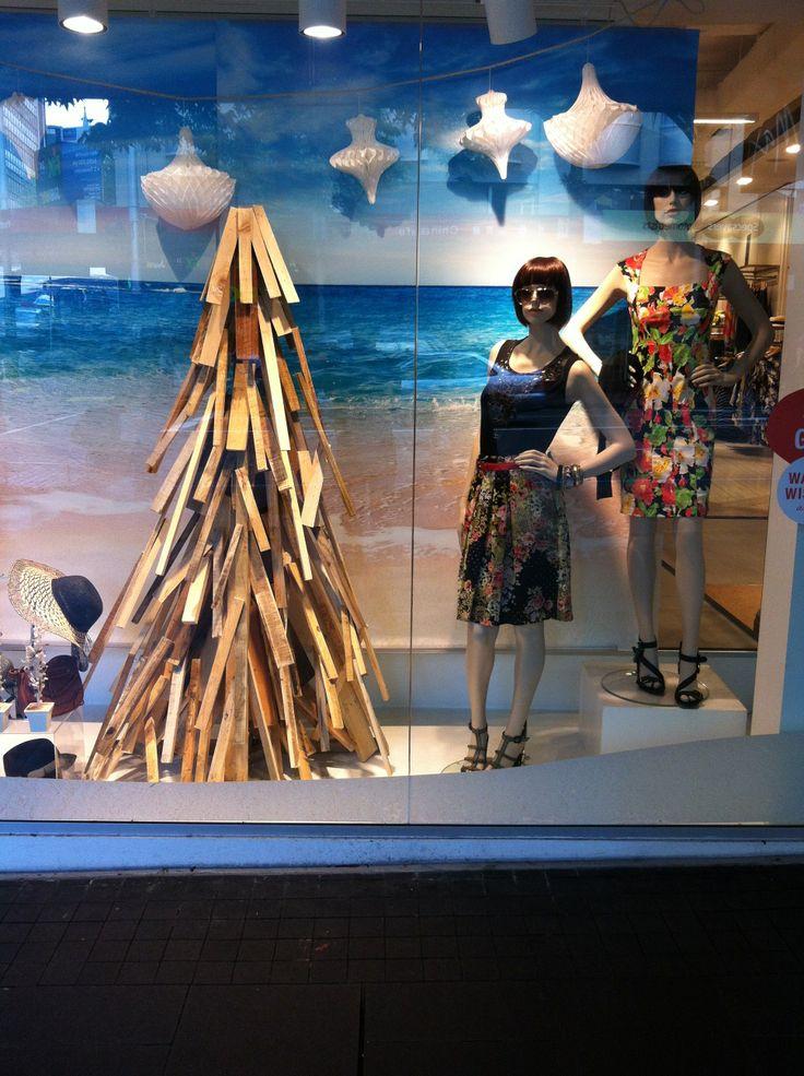 """the """"pallet"""" Christmas tree,created by Ton van der Veer"""