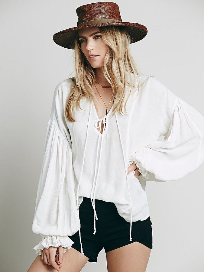 Lace Up Extreme Sleeve Top