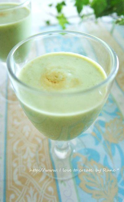 バニラ香るバナナグリーンスムージー by RUNEさん http://recipe.foodiestv.jp/recipe/10821.html