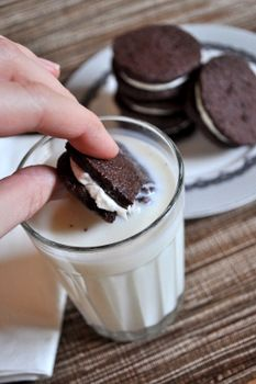 Home made Oreo cookies. | yummy foods | Pinterest