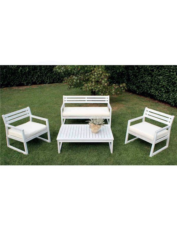 Voglia di sole, caldo e aperitivi all'aperto? 😎☀️🍹 Non farti trovare impreparato ed inizia a pensare al giusto arredamento per il tuo giardino.  Set salottino bianco con cuscineria inclusa a soli 357,78€!  #setsalottino #salottinodaesterno #arredamentoesterno #arredamento #arredoedesign #design #estate #bellastagione #salottoesterno #relax #festa #amici #cocktail #party #natura #divanetto #poltrone #cuscini #outside #decor #summer #sun #nature #friends