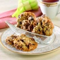 Mixed Drop Cookies http://www.sajiansedap.com/recipe/detail/15522/mixed-drop-cookies#.U8TWA_mSxRE