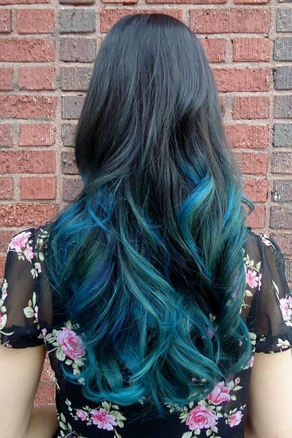 I'm so in love with this teal hair!!