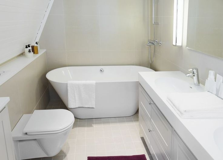 Tiny Bathroom Decorating Ideas With Small Tub Sink With White For Minimalist Bathroom Design