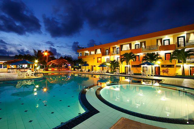 Hotel Club del Sol       Atacames       $54/Night