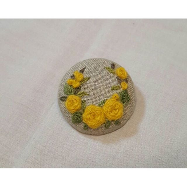 #embroidery #embroider #handembroidery #needlework #hobbycraft #embroiderybrooch #embroiderypatten #embroiderydesign #gachi