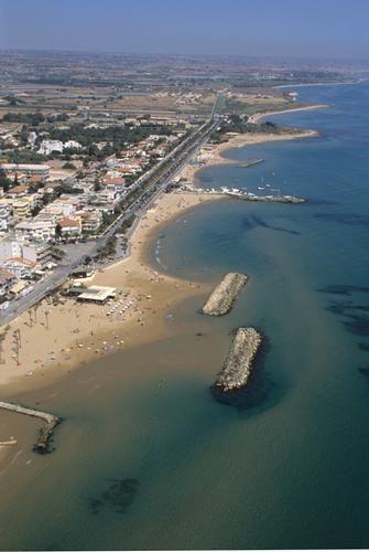 veduta aerea di marina di ragusa - MARINA DI RAGUSA Sicilia-italia