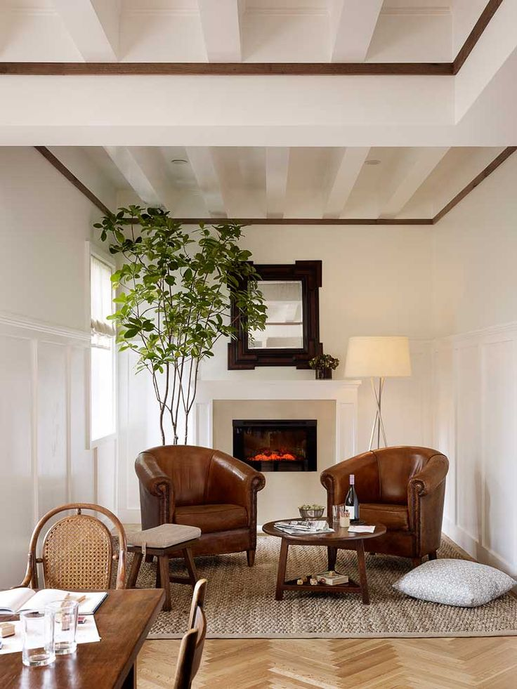 1000 ideas about small sitting rooms on pinterest - Sitting area ideas in living room ...