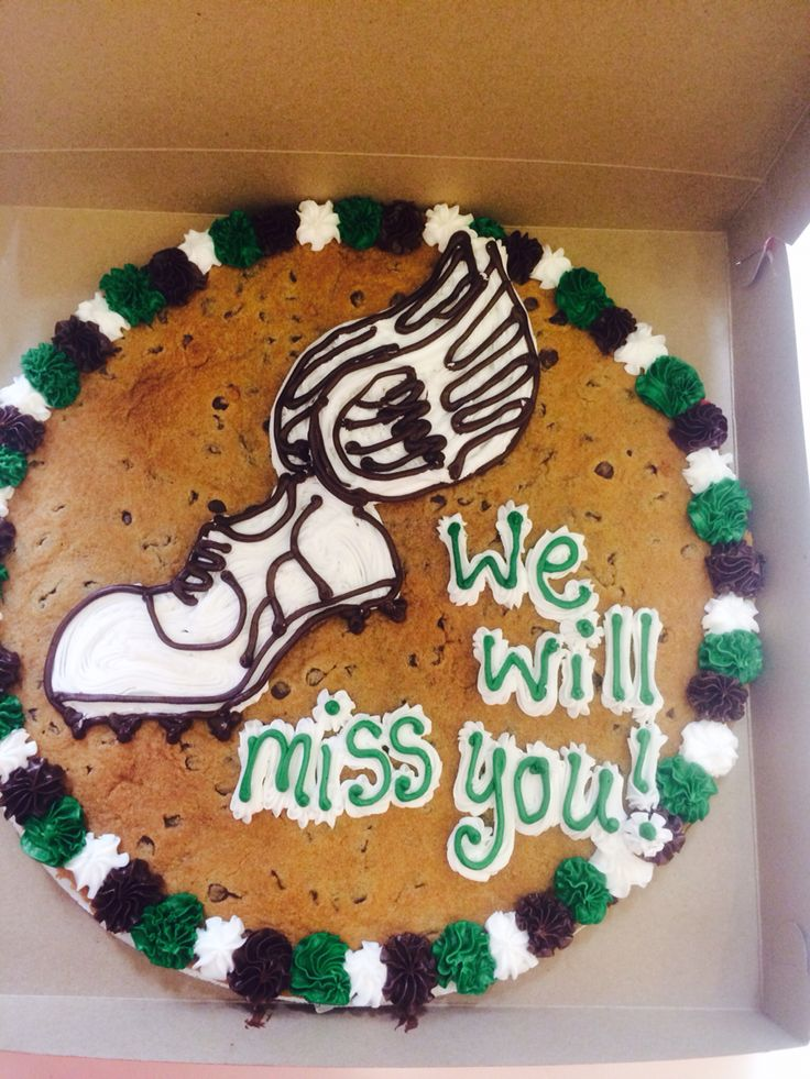 Cookie Cake Designs For 21st Birthday : 1000+ images about Cookie cakes on Pinterest Cookie ...
