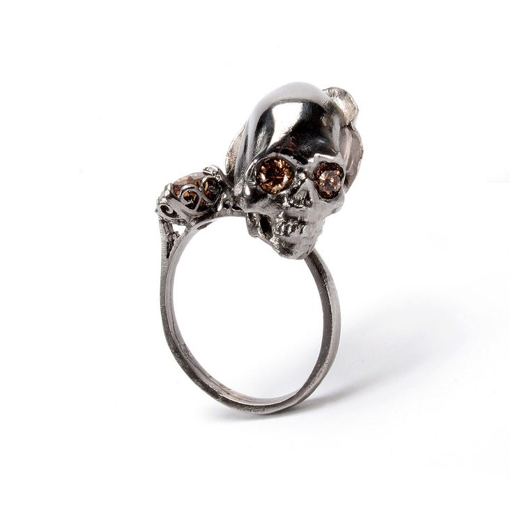 JULIA deVILLE, DEATH & LILIES RING, 18 carat white gold, black rhodium & gold plating, 1.26 carats of cognac diamonds
