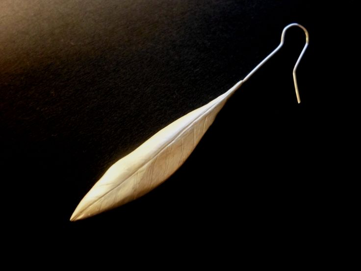 olive leaf sterling silver earring handmade with the lost wax method size: 5 cm / 1.96 inch leaf, 7.5 cm / 2.95 inch whole.