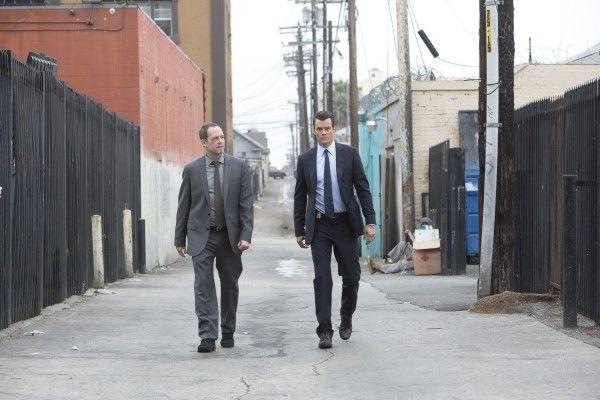 Josh Duhamel and Dean Winters on Battle Creek / www.flare.com/celebrity/josh-duhamel-and-dean-winters-tv-show-battle-creek/