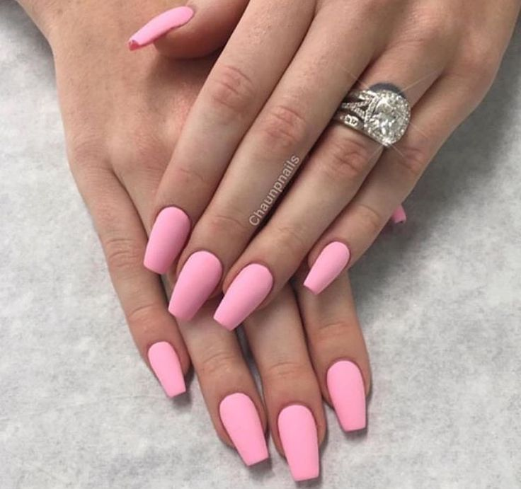 ✧•°♬❀ WrapWhispererr ✌︎❁◦✧°•  ||Pink casket nails,I love how these look,that matte pink color is so pretty!