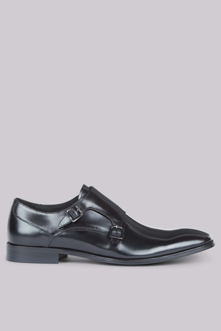 John White Shard Black Double Monk Shoes Add a touch of heritage style to your outfit with some elegant footwear. These traditional style shoes feature a double monk fastening, creating a clean, simple finish. The fine black leather of these http://www.MightGet.com/january-2017-12/john-white-shard-black-double-monk-shoes.asp