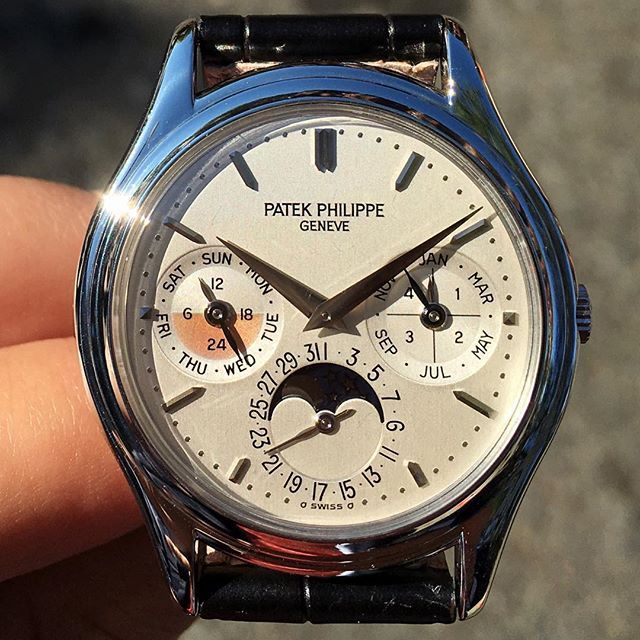 Starting your morning off right with a perfect 3940 platinum with stunning pink subdial patina #sold #patekphilippe #3940 #platinum #europeanwatchco