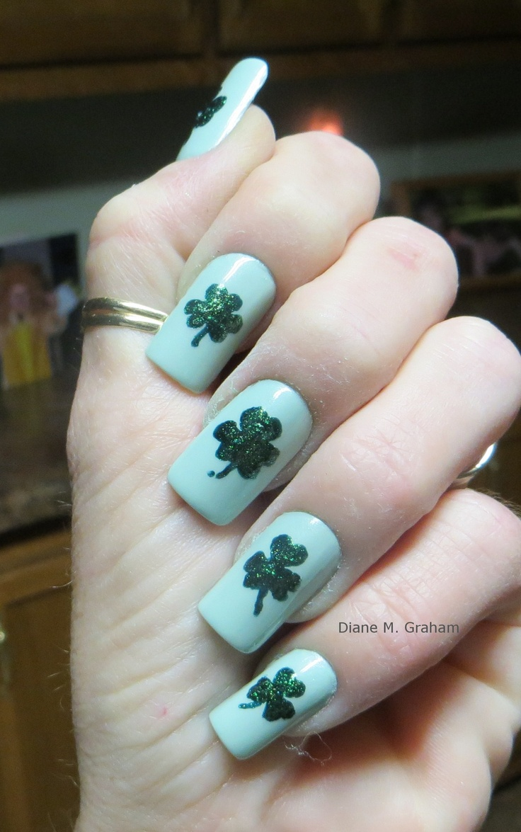 18 best images about St Patricks Day Nail Art on Pinterest | Nail ...