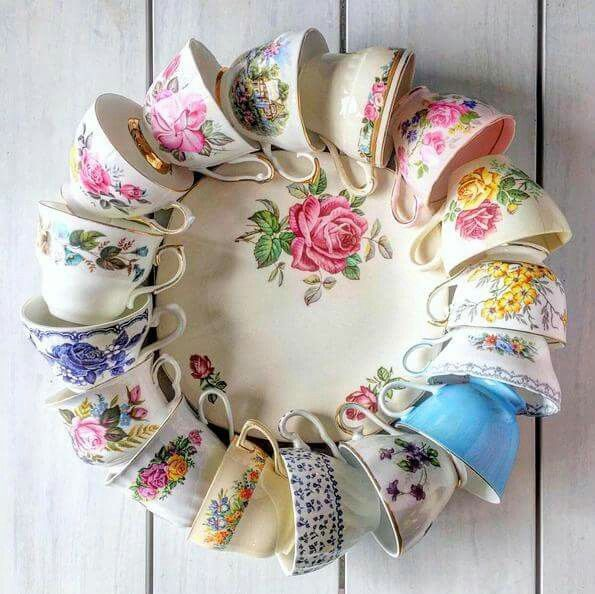 Tea cup wreath on plate