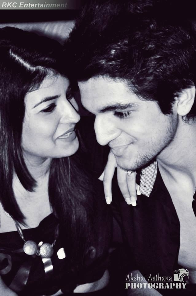ashwini koul and sanaya dating sim