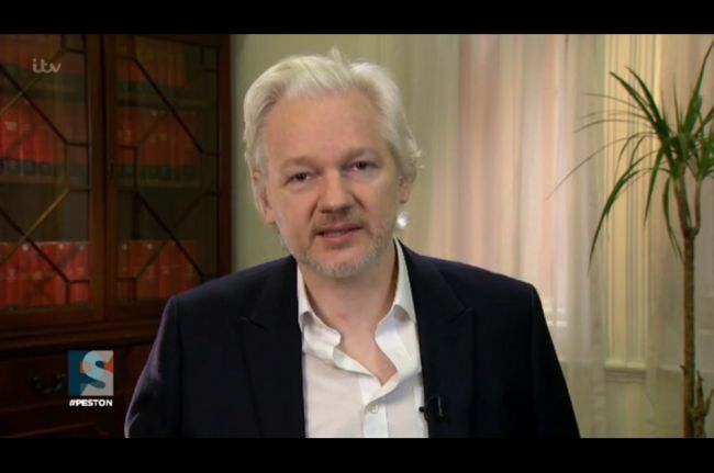 Julian Assange Knows FBI Won't Indict Hillary, Will Seek Concessions From Her Administration